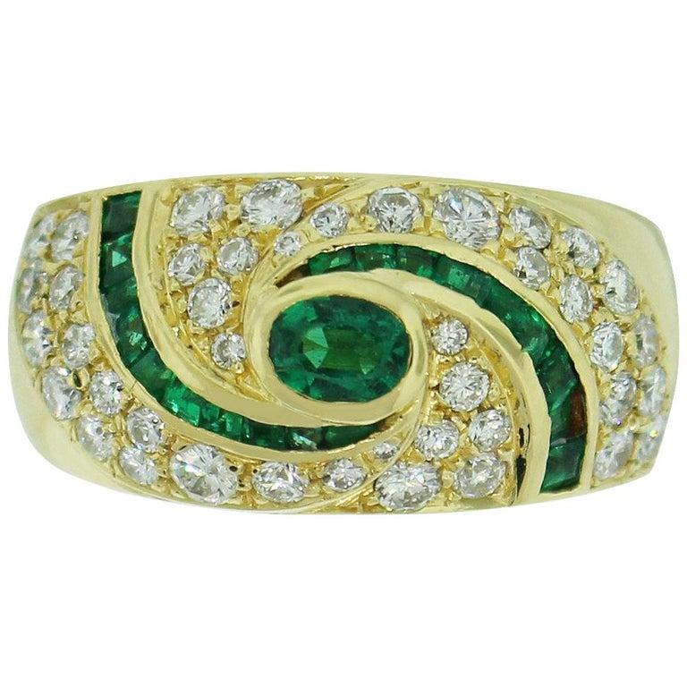 1.50 Carat Diamond Emerald Ring For Sale