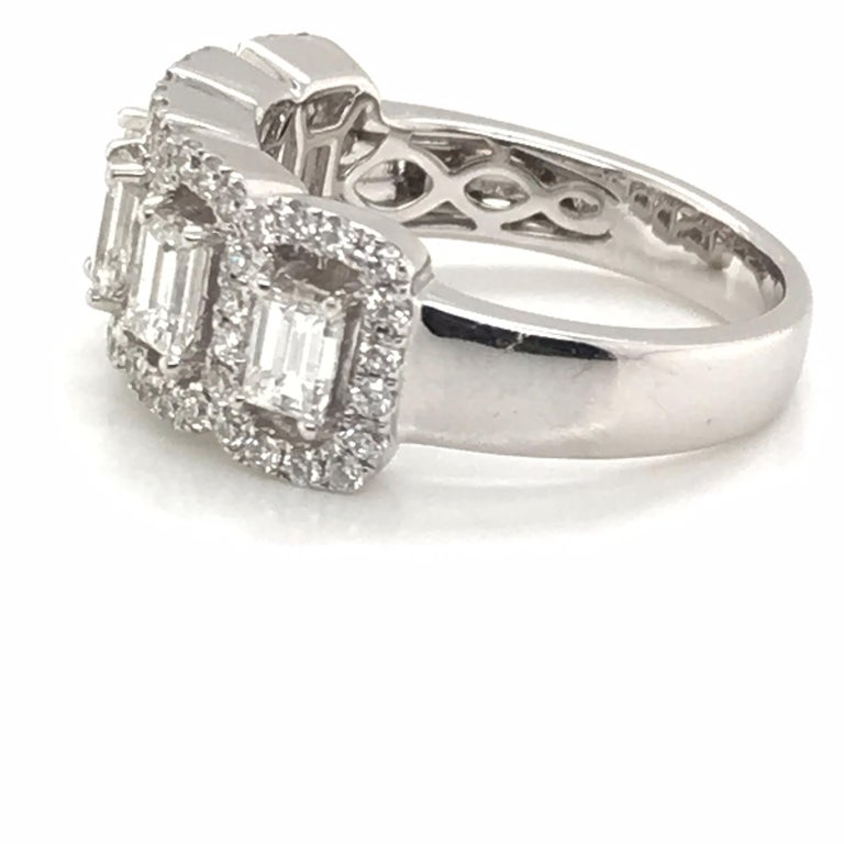 1.50 Carat Emerald Cut and Round Diamond Ring In New Condition For Sale In New York, NY