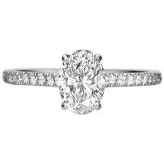 1,50 Karat Oval Schliff Diamant-Verlobungsring auf 18 Karat Weißgold
