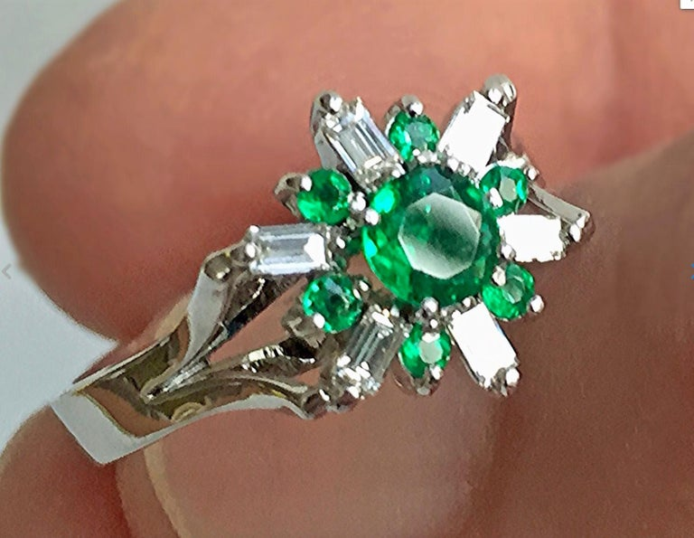 1.50 CT Natural Round Colombian Emerald & Diamond Art Deco style Cocktail Ring 18K White Gold  Composition: 18K White Gold Primary Stone: AAA+ Natural Colombian Emerald Shape or Cut: Round Cut  Average Color: AAA+ Beautiful Natural Medium Green