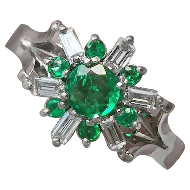 1.50 Carat Round Natural Colombian Emerald Diamond Cocktail Ring For Sale