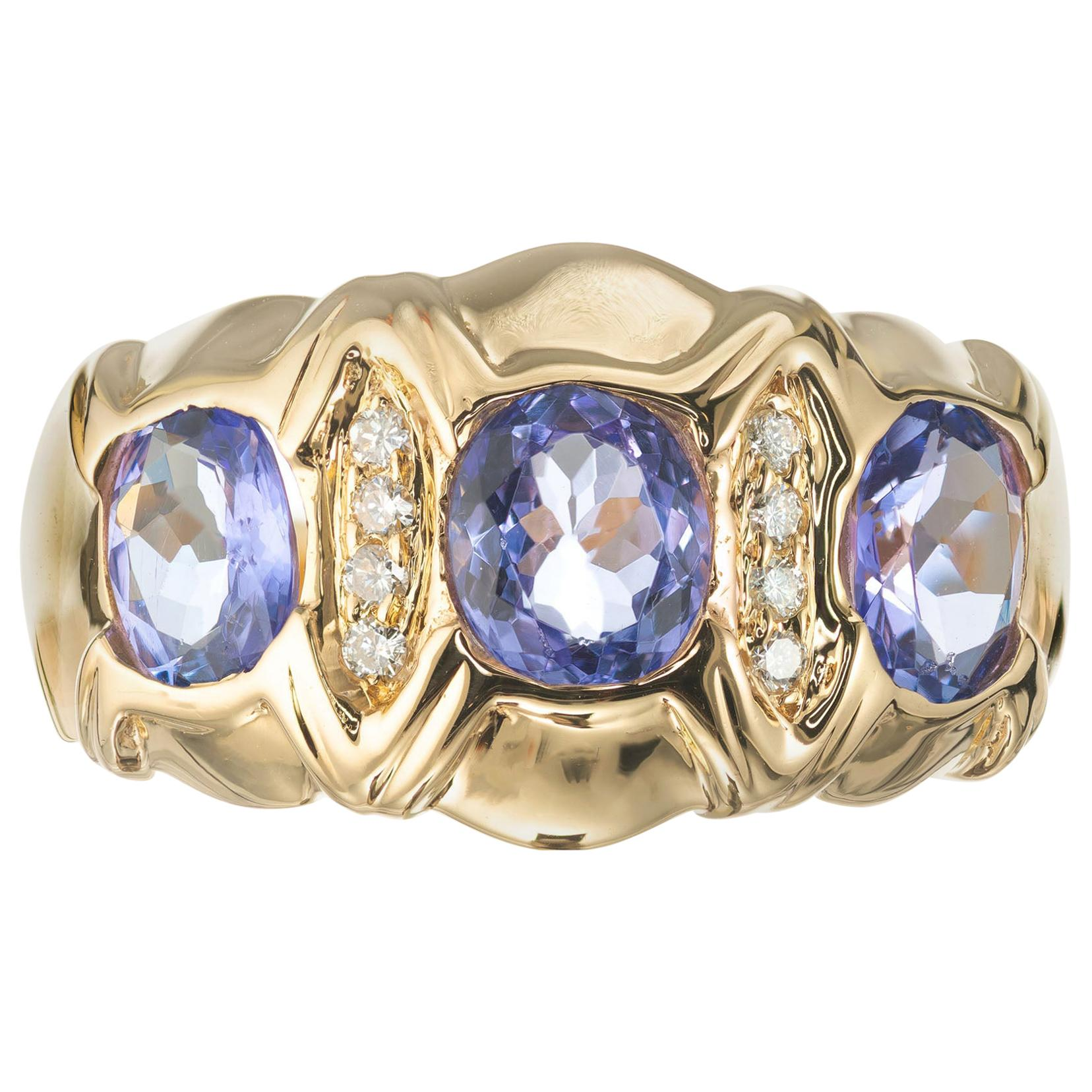 1.50 Carat Tanzanite Diamond Yellow Gold Three-Stone Band Ring