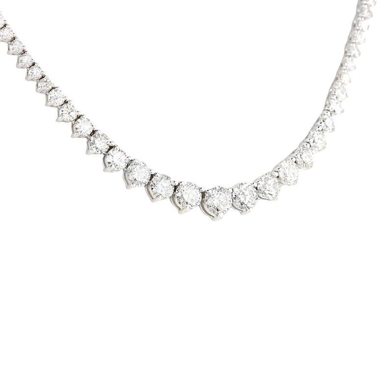 15.00 Carat Diamond 18 Karat Solid White Gold Necklace In New Condition For Sale In Los Angeles, CA