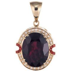 15.00 Carat Red Garnet Diamond Ruby Yellow Gold Pendant
