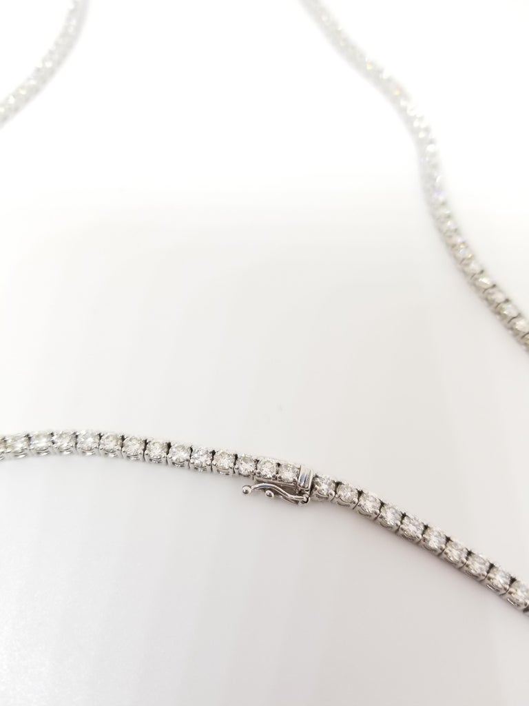 15.00 Carat Round Diamond White Gold Tennis Necklace In New Condition For Sale In New York, NY