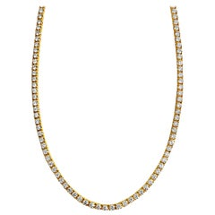 15.00 Carat VVS Diamond Tennis Necklace in 14 Karat Yellow Gold