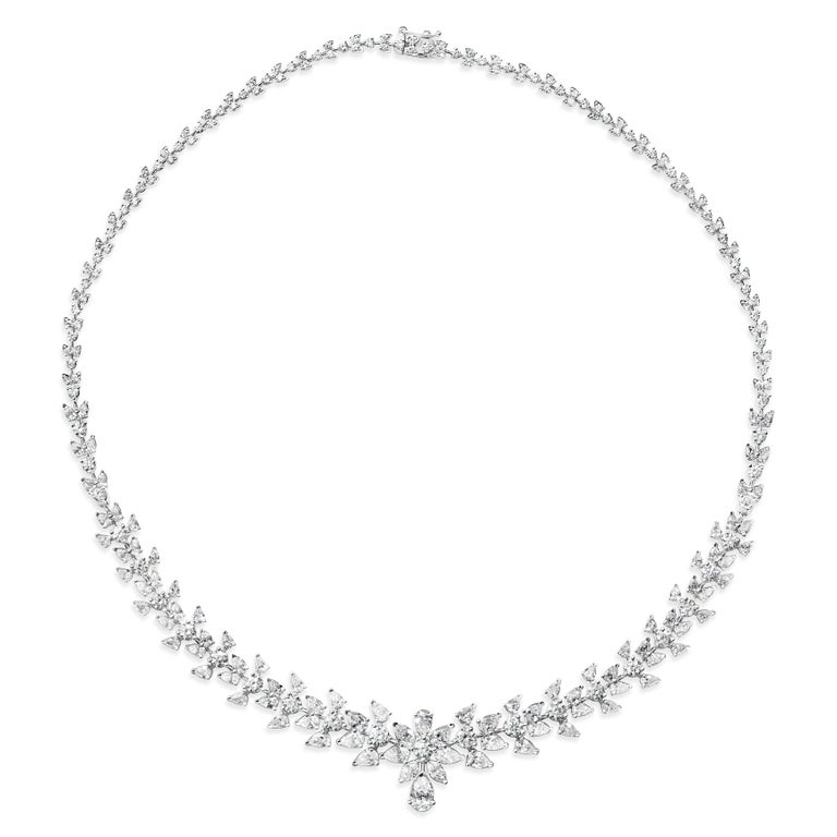 15.08 Carat Diamond White Gold Necklace For Sale