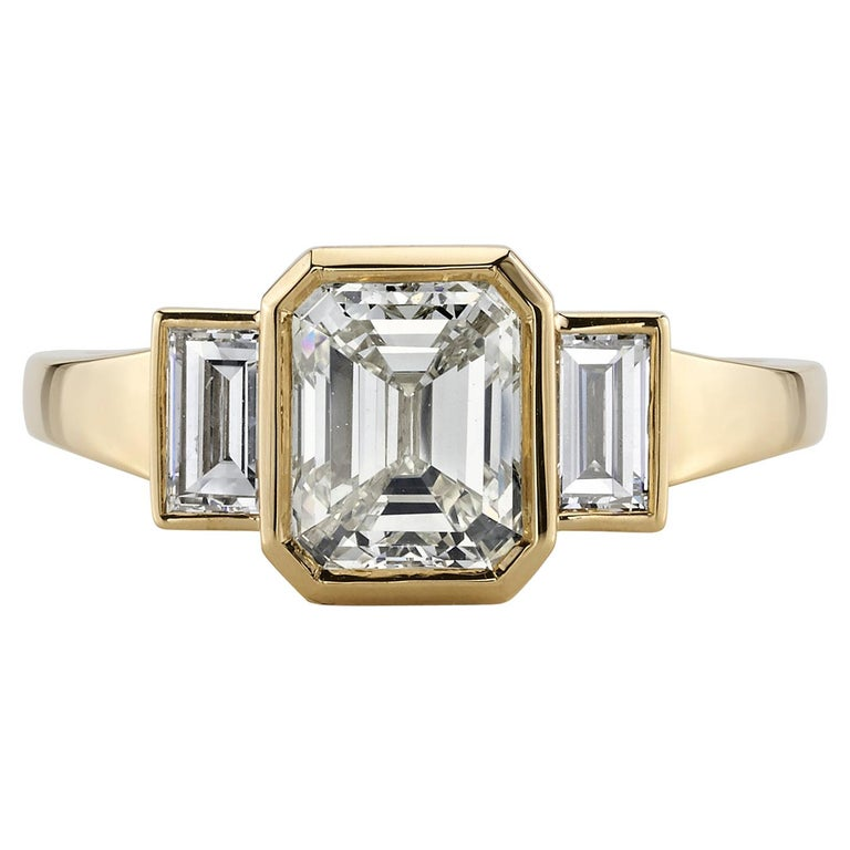 1.51 Carat Emerald Cut Diamond Set in a Handcrafted 18 Karat Yellow Gold Ring For Sale