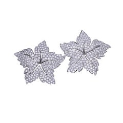 15.10 Carat Diamond 18 Kt. White Gold Star Earrings
