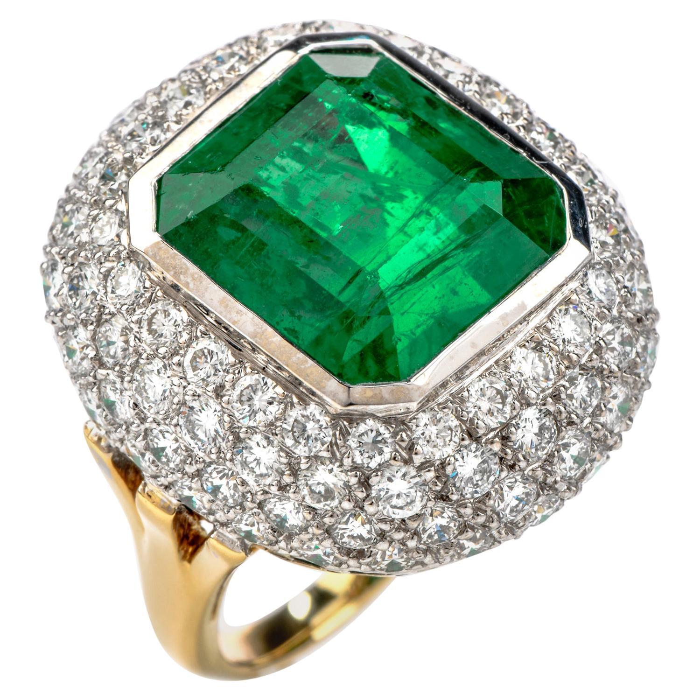15.10 Carat Zambian Emerald Diamond 18 Karat Gold Large Cocktail Ring