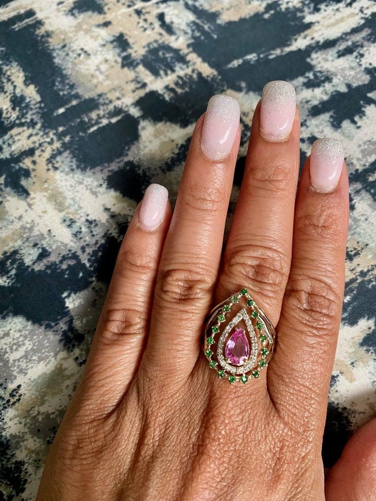 Pear Cut 1.52 Carat Pink Sapphire Tsavorite Diamond 14 Karat Yellow Gold Cocktail Ring  For Sale