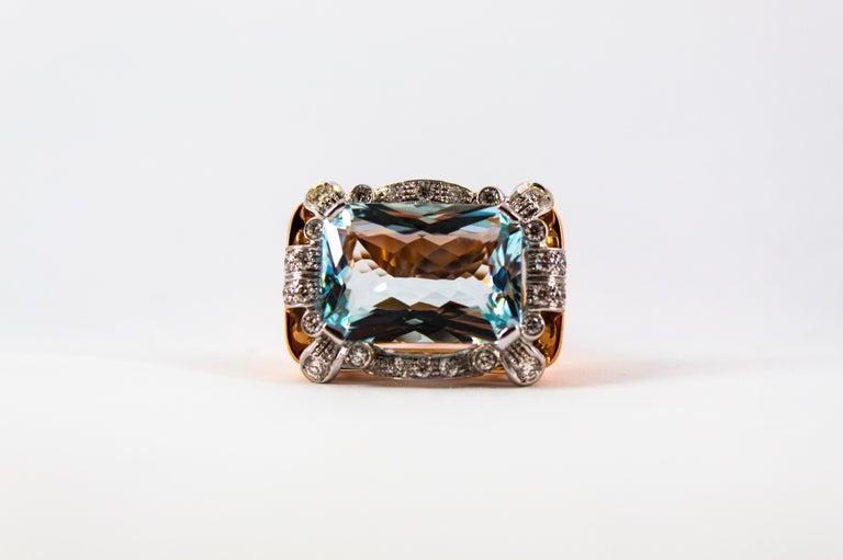 15.20 Carat Aquamarine 0.87 Carat White Diamond Yellow Gold Cocktail Ring For Sale 5