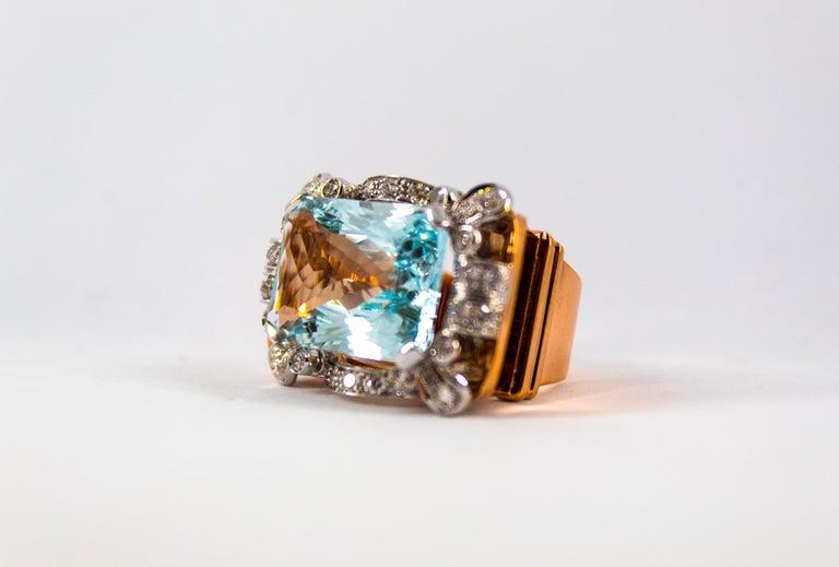 15.20 Carat Aquamarine 0.87 Carat White Diamond Yellow Gold Cocktail Ring For Sale 6
