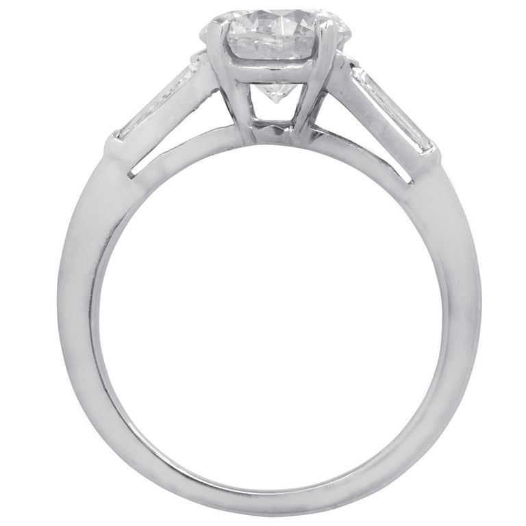 Round Cut 1.53 Carat Diamond Engagement Ring For Sale