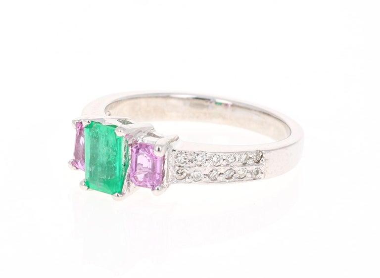 Modern 1.54 Carat Emerald Pink Sapphire Diamond 14 Karat White Gold Three-Stone Ring For Sale