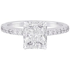1.54 Carat Radiant Cut 'EGL' Diamond Engagement Ring, 18 Karat