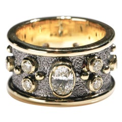 1.55 Carat Round and Oval Diamond 18 Karat Gold Full Band Ring US Size 7