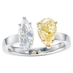 1.55 Carat Toi et Moi Yellow and White Diamond Ring in 18k Gold