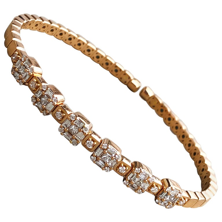 1.55 White Diamond 18 Karat Rose Gold Setting Contemporary Bangle Bracelet For Sale
