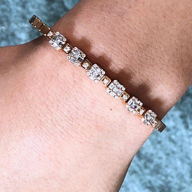 1.55 White Diamond 18 Karat Rose Gold Setting Contemporary Bangle Bracelet For Sale 8