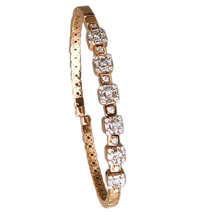 Women's 1.55 White Diamond 18 Karat Rose Gold Setting Contemporary Bangle Bracelet For Sale