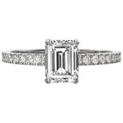 1,56 Karat Smaragd Schliff Diamant-Verlobungsring auf 18 Karat Weißgold