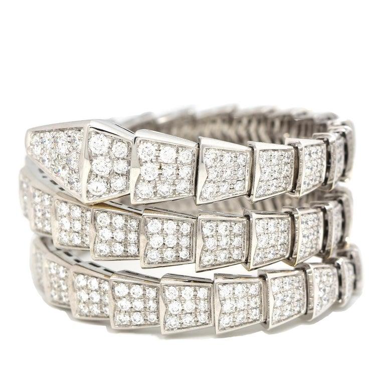 Round Cut 15.8 Carat Bvlgari Serpenti Full Diamond Paved White Gold Twirl Bracelet For Sale