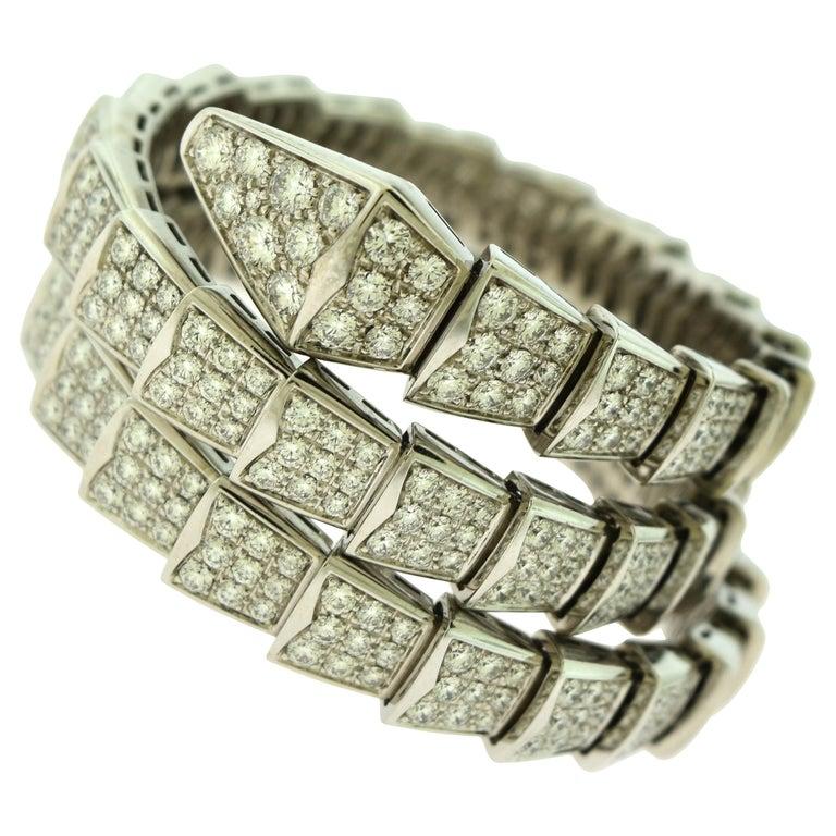 15.8 Carat Bvlgari Serpenti Full Diamond Paved White Gold Twirl Bracelet For Sale