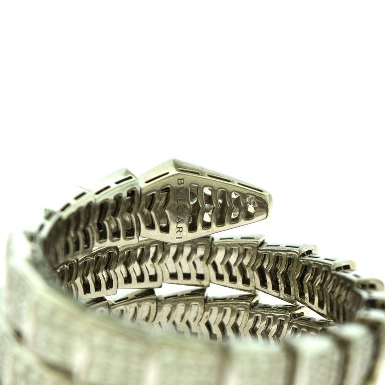 15.8 Carat Bvlgari Serpenti Full Diamond Paved White Gold Twirl Bracelet For Sale 1