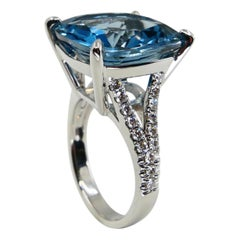15.80 Carat Cushion Cut London Blue Topaz & Diamond Cocktail Ring, Big Statement