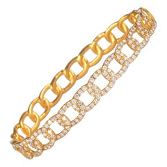 1.59 Carat Diamond Bengal 18 Karat Yellow Gold Open Clasp