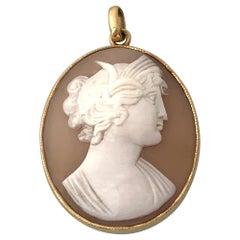 15ct Gold Antique Cameo Pendant
