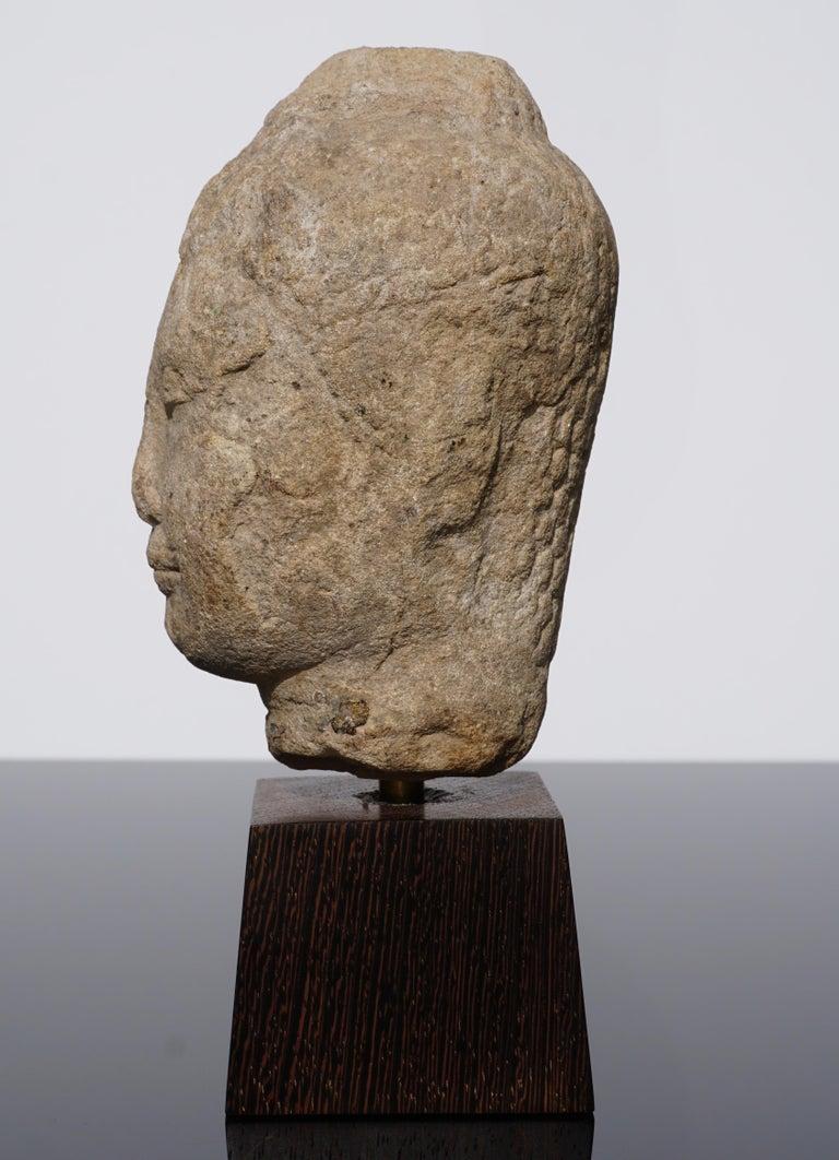 15th-16th Century Thai Sandstone Buddha Head In Good Condition For Sale In Dallas, TX