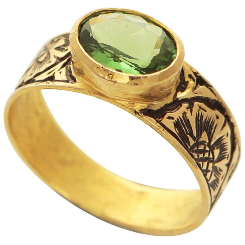 15th Century Technique, 18 Karat Gold Ring with Tsavorite 'Green Garnet'