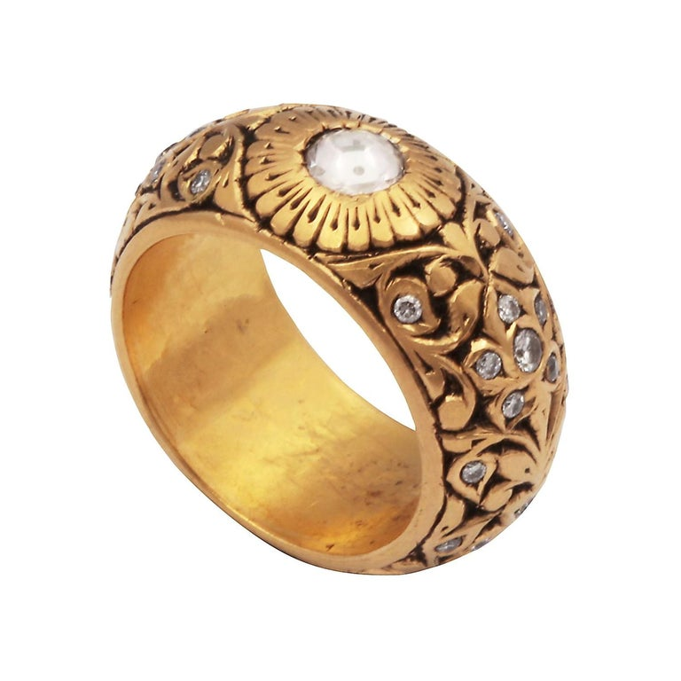 15th Century Technique, 22kt GoldRing with Rose Cut Diamonds For Sale