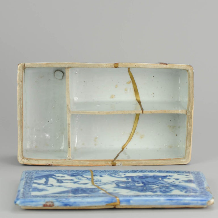 Ming Chinese Porcelain Pencil Box Scholars Table Landscape Rarity, China For Sale 13