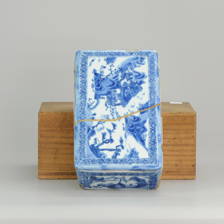 Ming Chinese Porcelain Pencil Box Scholars Table Landscape Rarity, China In Fair Condition For Sale In Amsterdam, Noord Holland
