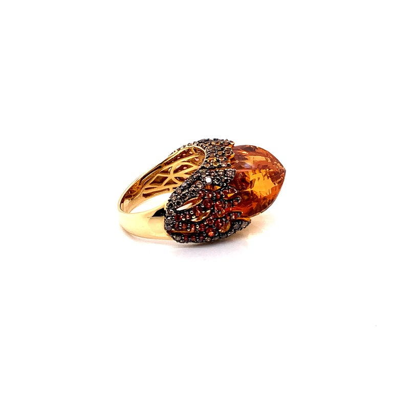 16 Carat Citrine with Sapphire and Diamond Ring in 18 Karat Yellow Gold For Sale 1