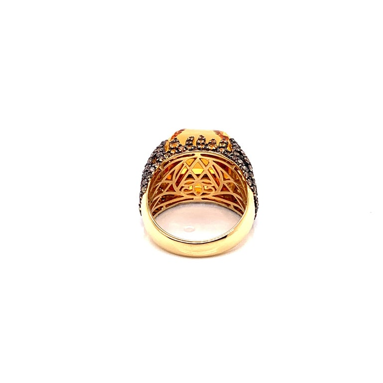 16 Carat Citrine with Sapphire and Diamond Ring in 18 Karat Yellow Gold For Sale 2