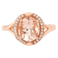 1.6 Carat Oval Shaped Morganite Ring in 18 Karat Rose Gold with Diamonds