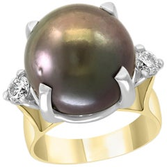 Black Tahitian Pearl and Diamond Cocktail Ring 18 Karat Gold/Platinum