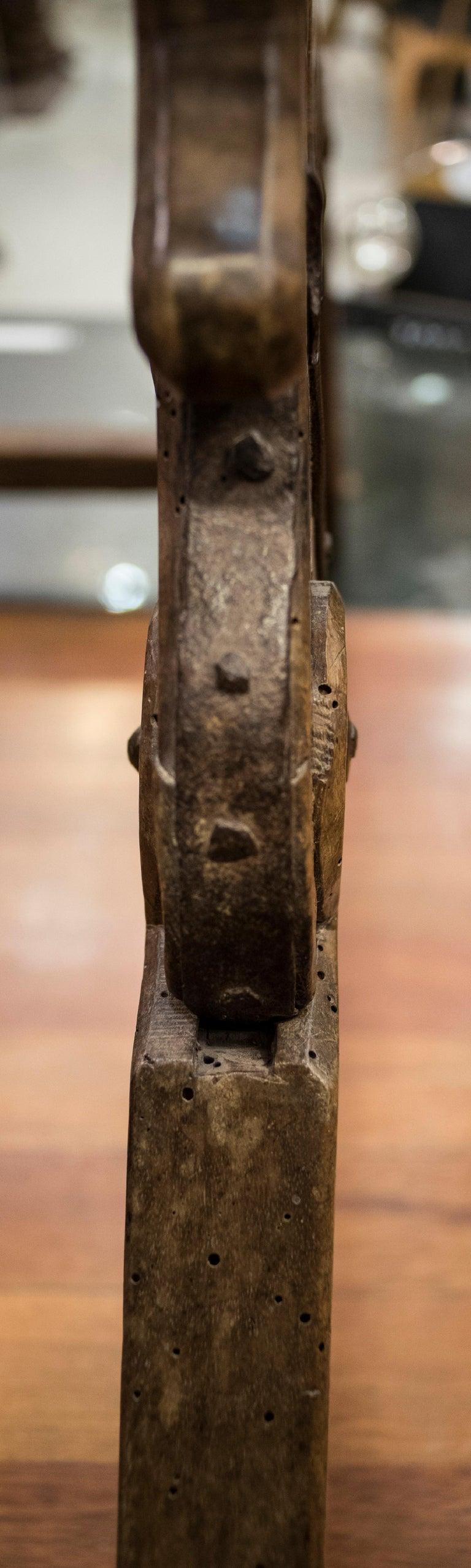 16th Century Spanish Walnut and Wrought Iron Dromedary Saddle For Sale 10