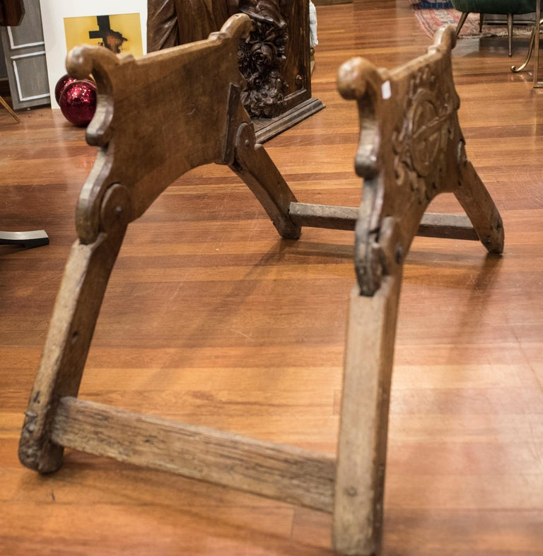 Hand-Carved 16th Century Spanish Walnut and Wrought Iron Dromedary Saddle For Sale