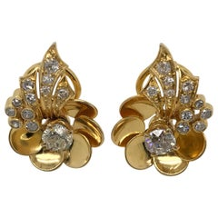 1.60 Carat Diamond Flower 14 Karat Yellow Gold Ear Clips
