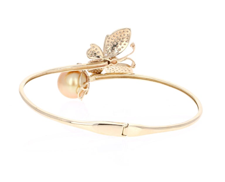 Modern 1.60 Carat Diamond South Sea Pearl Yellow Gold Cuff Bangle Bracelet For Sale