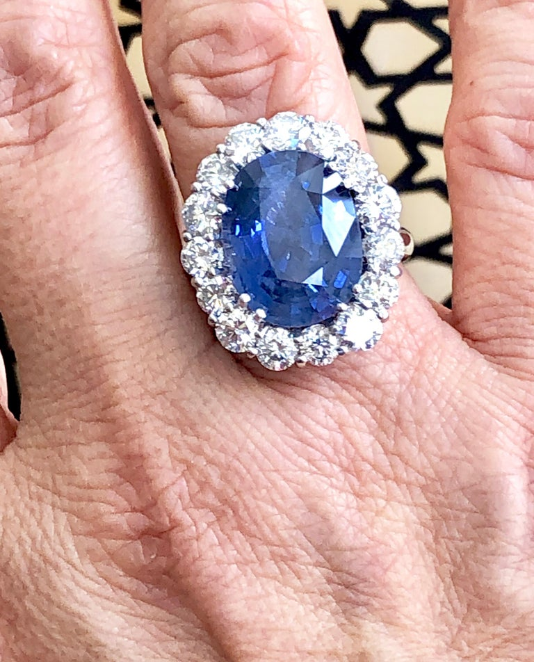 GIA 16.00 Carat Certified Natural Unheated Sapphire and Diamond White Gold Ring For Sale 1