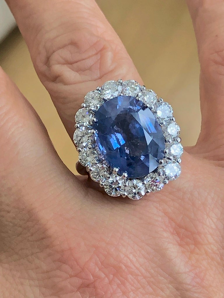 GIA 16.00 Carat Certified Natural Unheated Sapphire and Diamond White Gold Ring For Sale 7