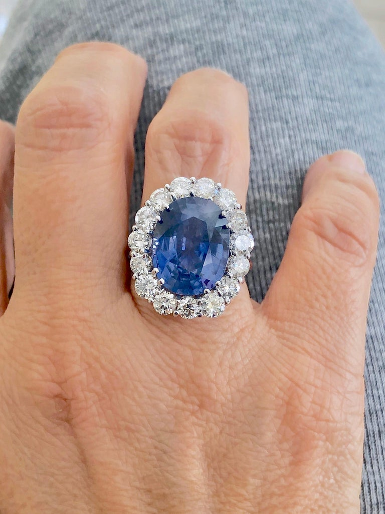 Oval Cut GIA 16.00 Carat Certified Natural Unheated Sapphire and Diamond White Gold Ring For Sale