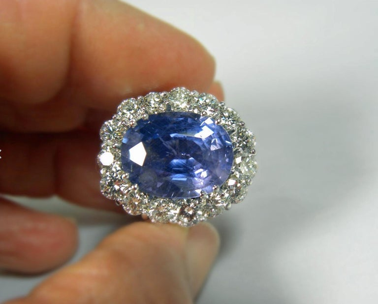 GIA 16.00 Carat Certified Natural Unheated Sapphire and Diamond White Gold Ring For Sale 2