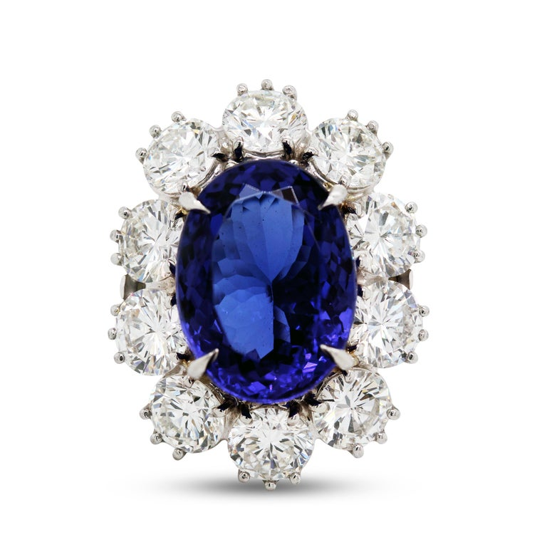 16.07 Carat Oval Tanzanite Platinum Large Diamonds Cocktail Ring In Excellent Condition For Sale In Boca Raton, FL